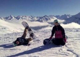 snowboarderi